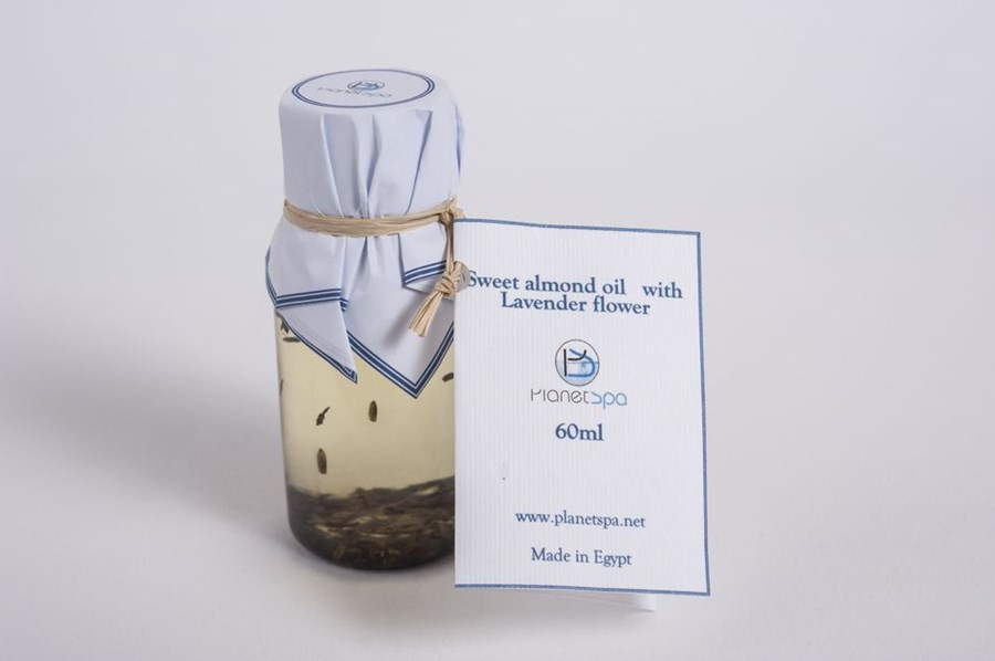 Sweet Almond Oil With Lavender Flower