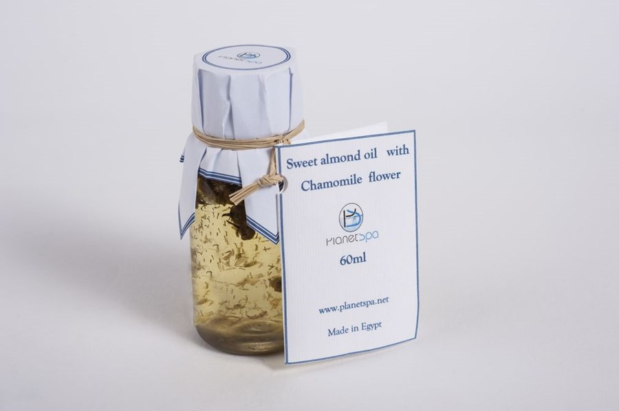 Sweet Almond Oil With Chamomile Flower