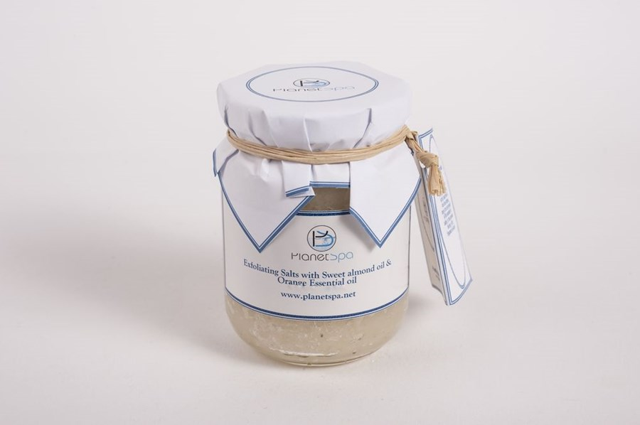 Exfoliating salts with sweet almond oil & orange essential oil