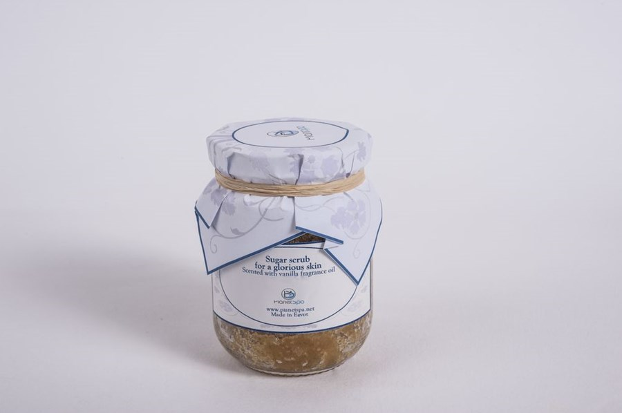 Sugar scrub for a glorious skin scented with vanilla fragnance oil